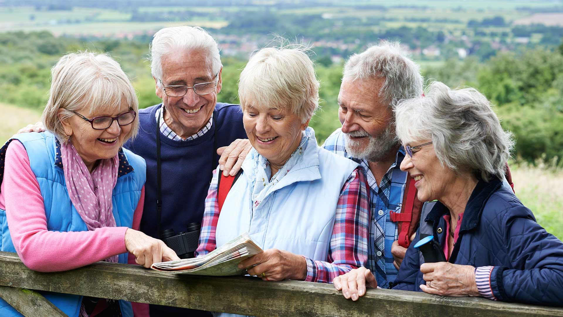 Gruppenreise Senioren | © highwaystarz - fotolia.com