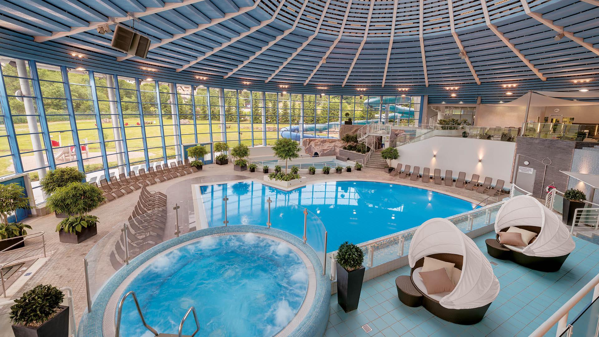 H2Oberhof Wellnessbad, Schwimmbadbereich | © Oberhof Information