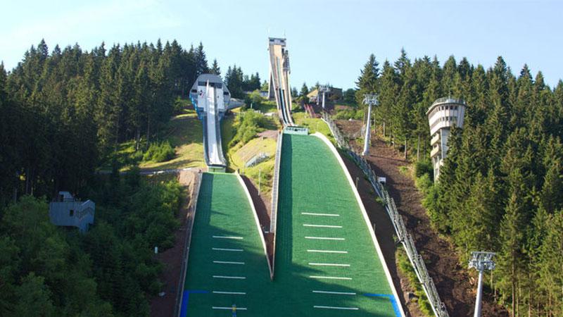 Skischanzen im Kanzlersgrund   © Tourist Information Oberhof