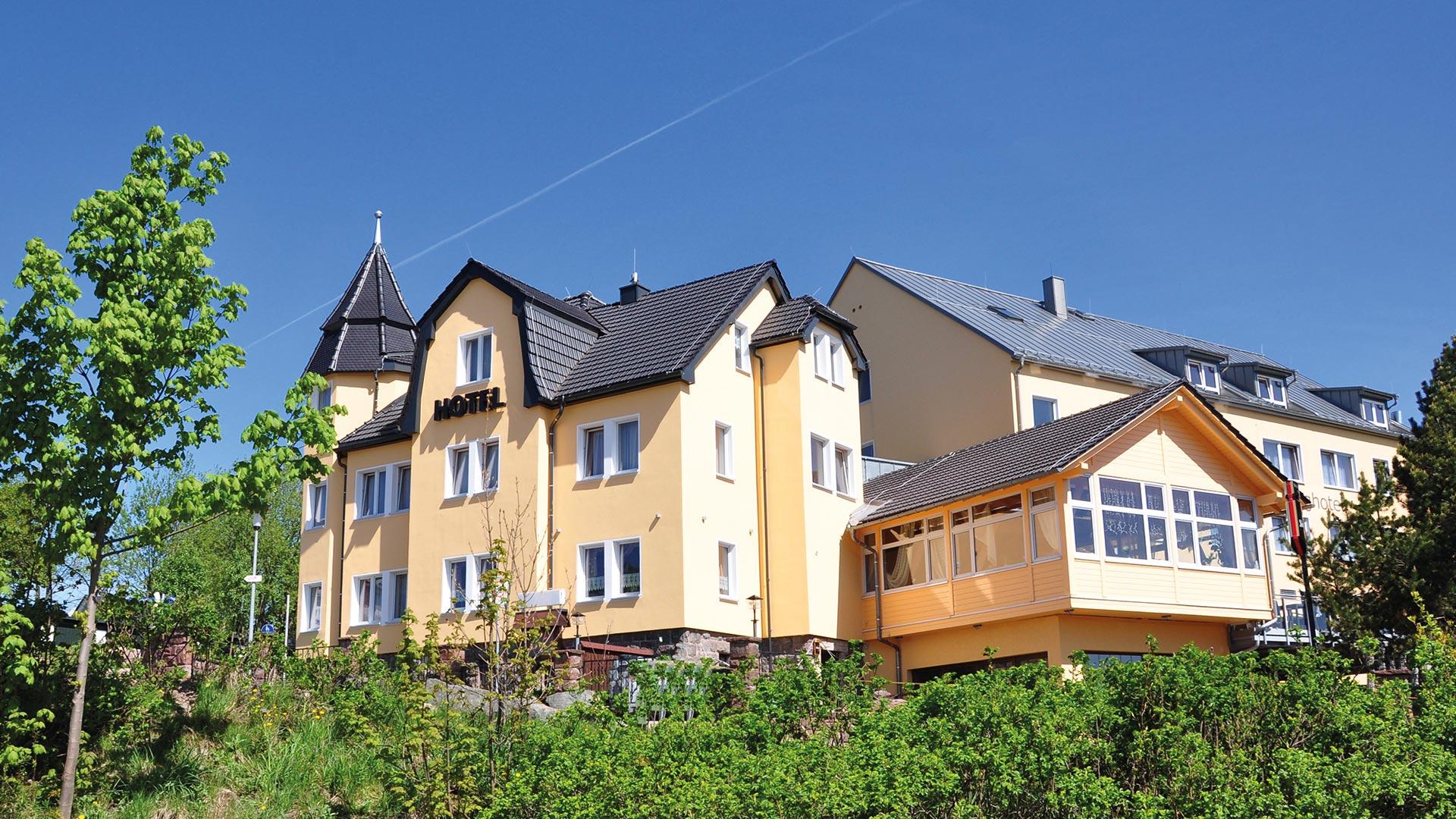 Schlossberghotel Oberhof Blick von aussen