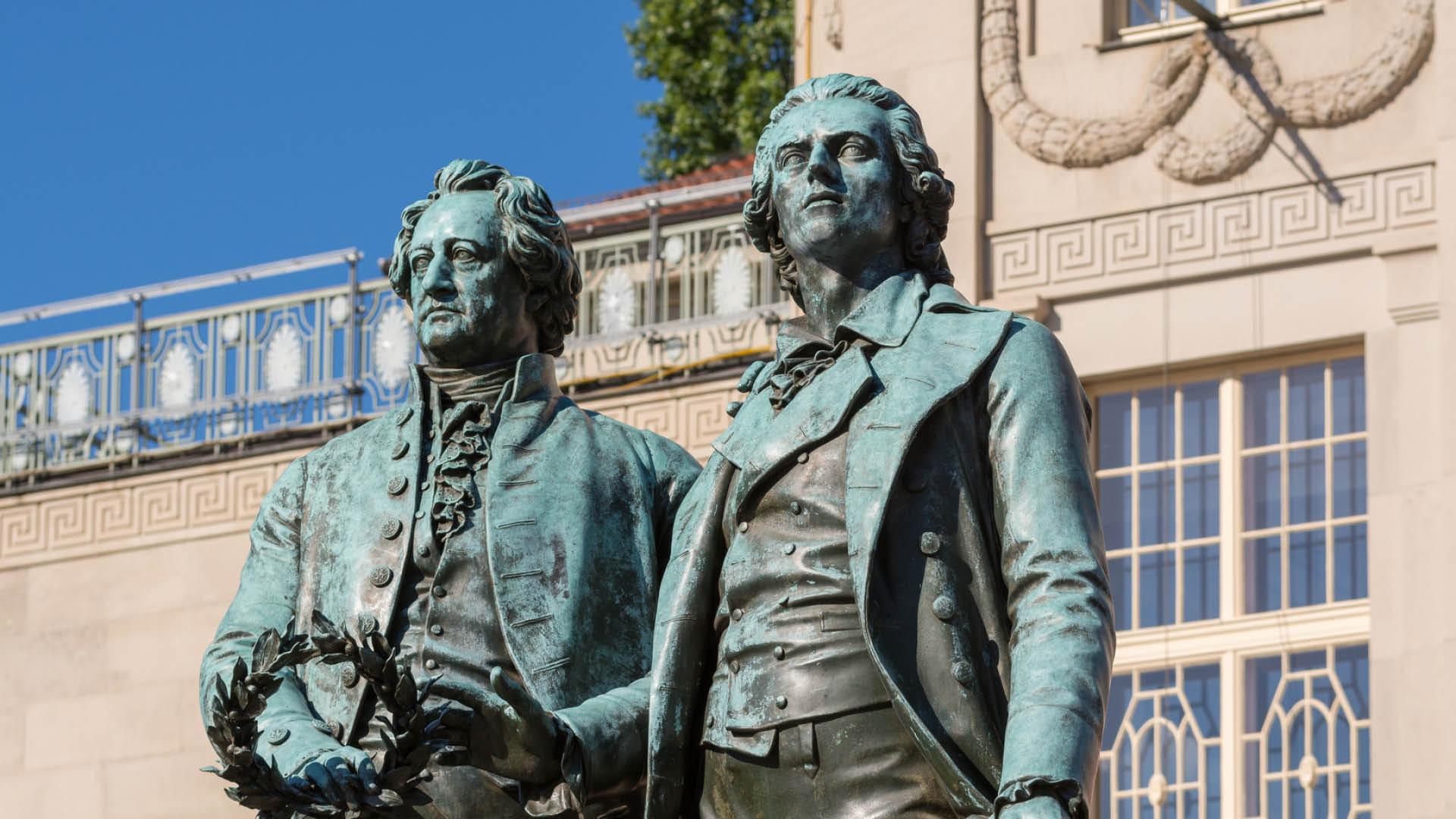 Weimar, Goethe und Schiller Denkmal | © mp1982_06 - fotolia.com